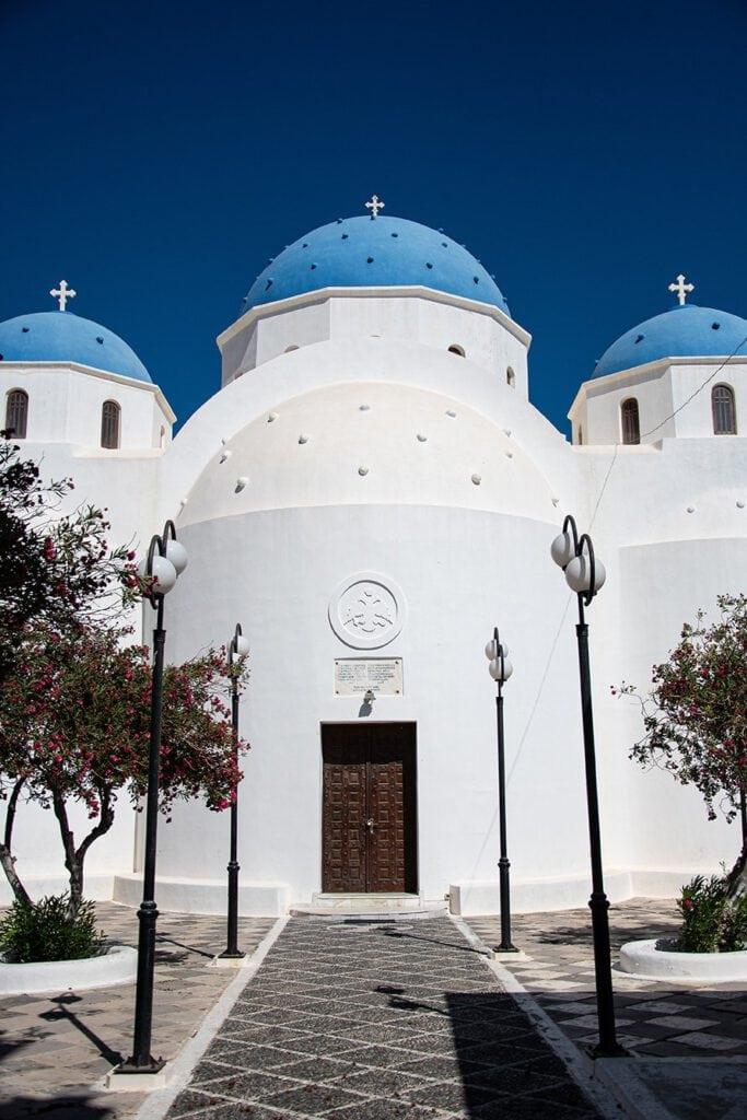 Church of the holy cross, Santorini
